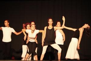 Apresentação de fim de ano da turma de Dança Contemporânea